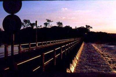 Barragem Luachimo  ao anoitecer