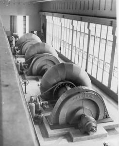 1961 - Turbinas barragem Dundo