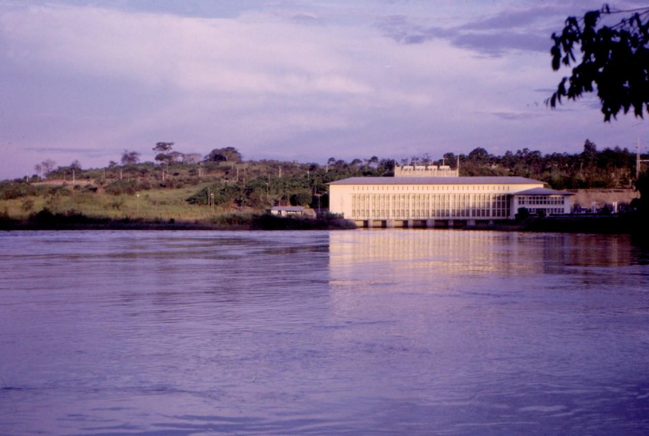 Central hidroeléctrica, Dundo, Fev. 65