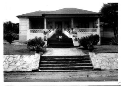 Casa no Dundo- Rua dos armazens