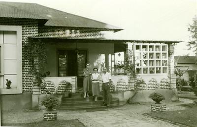 1957 Marco,  Dundo, Casal Arruda.
