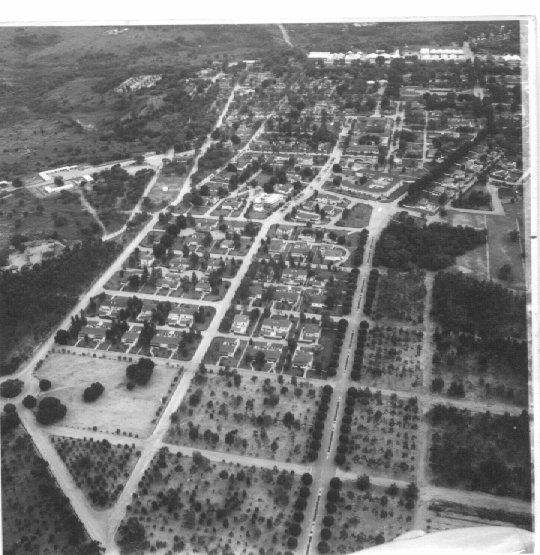 Dundo 1964 - Vista da Avenida do Obelisco com o Museu ao fundo ( centro da foto)