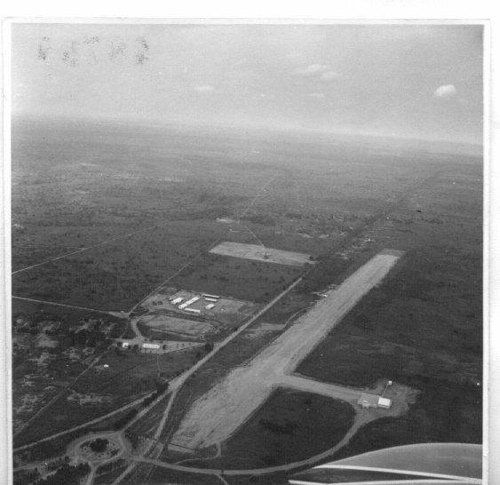 Dundo- pista do aeroporto do Camaquenzo