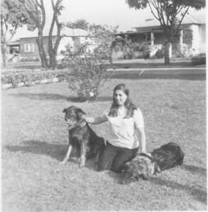 Isabel Pinto Soares com o Rex e B.B. em Andrada