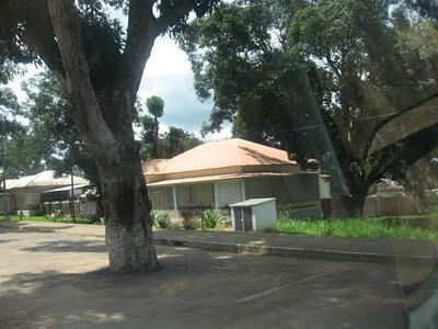 Rua 6 - K227 e muro da 184 ( em frente aos antigos escritorios)