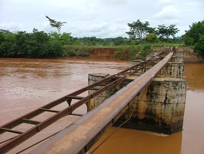 Luembe, ponte perto de Cassanguidi