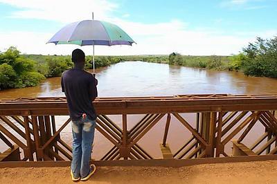 Ponte rio Luembe