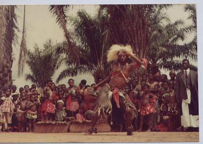Dundo -kabongo bailarino,