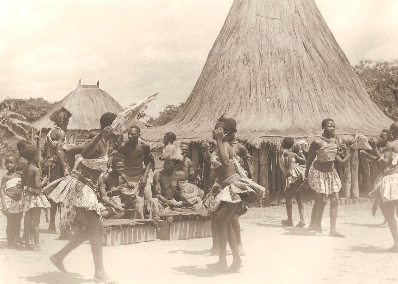 Kateco - aldeia do museu do Dundo