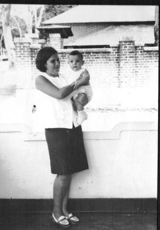 Luisa Aragao e Brito e filho da professora D.Maria de Fátima Serôdio e José Luis Serôdio