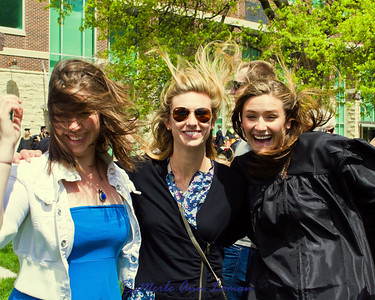 Katie, Sadie, and Jessa blowin' in the wind.