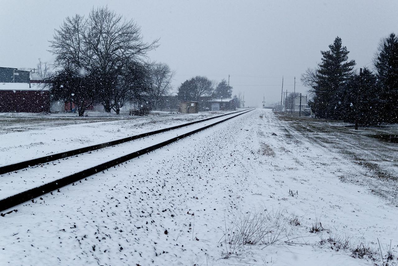 Tracks Heading East001