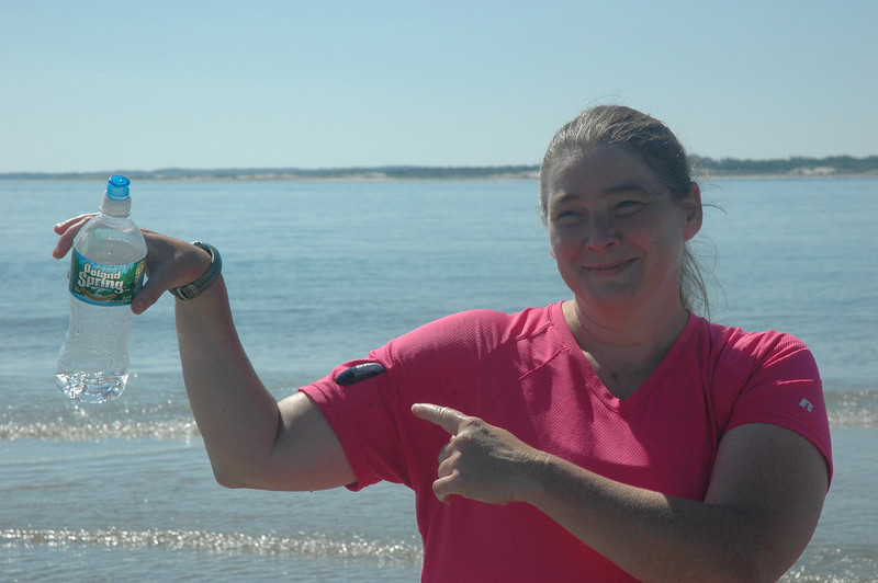 7/31/2011 - Sandy Point Debbie shows off her mussel.
