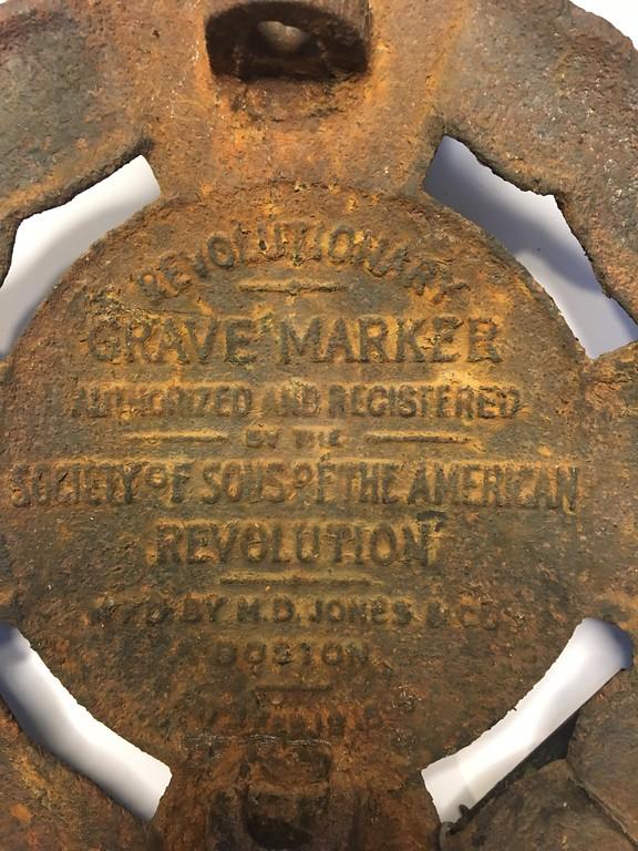 . Capt. Joshua Bentley\'s grave marker