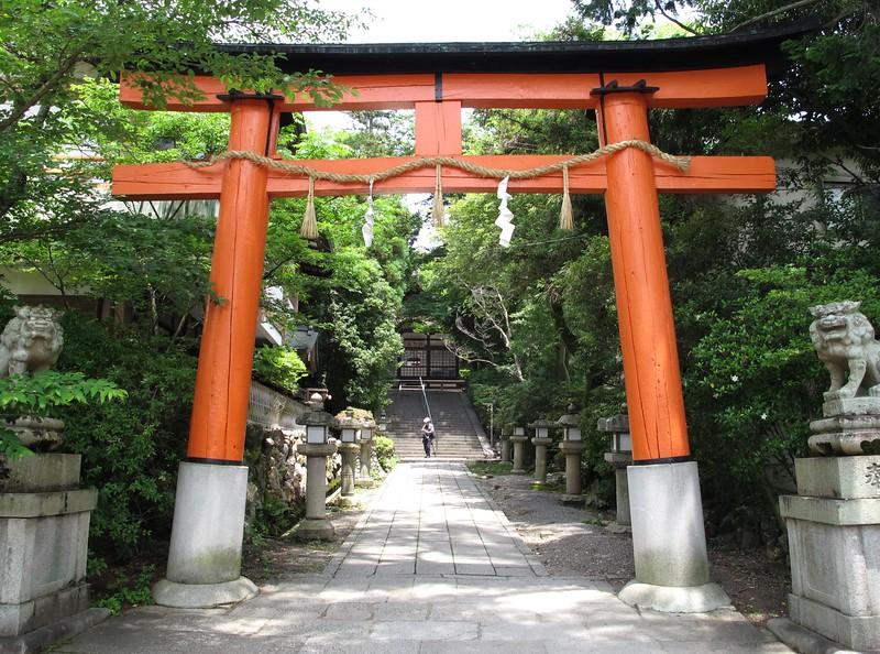 Entrance to Uji-jinja
