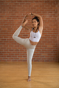 170716-Megan St Julien-Yoga-0083