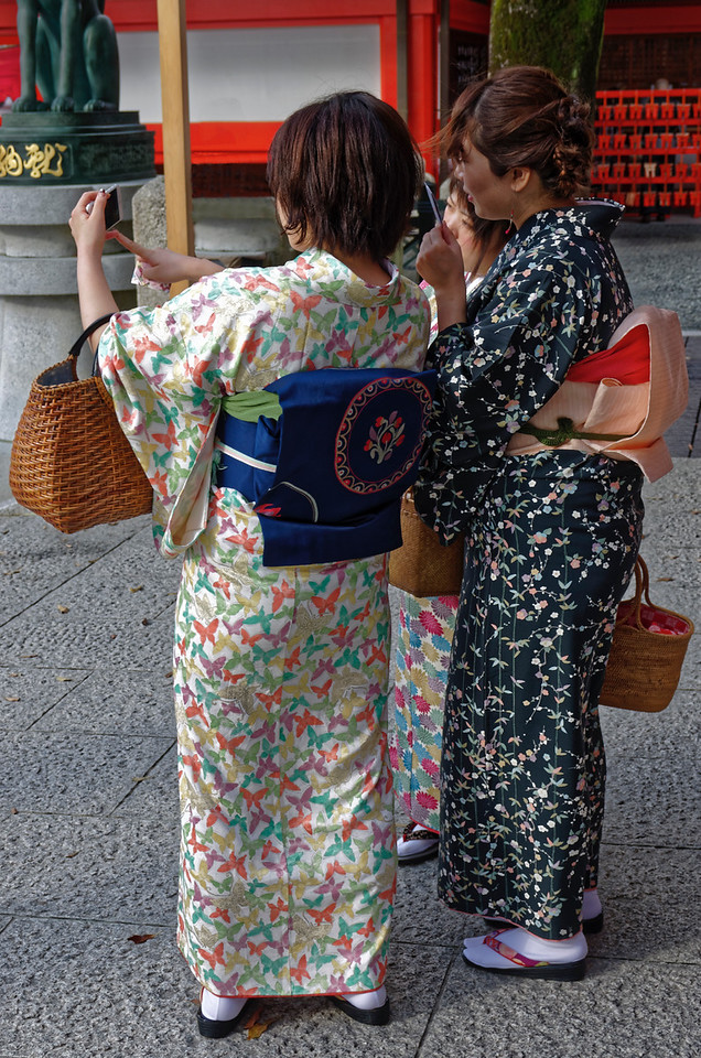 Not real <i>geisha!</i>  Kimonos are available for rent in Japanese cities (as are <i>samurai</i> outfits for men) and seem to be quite popular with both local and foreign visitors.