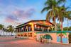 Docs Beach house 842