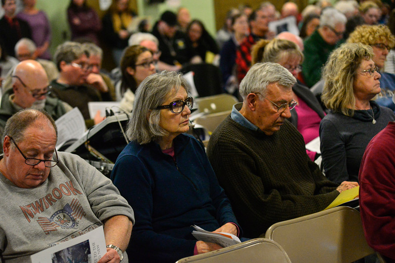 KRISTOPHER RADDER — BRATTLEBORO REFORMER<br /> People of Vernon fill the cafeteria of the Vernon Elementary School for the annual Vernon Town Meeting on Monday, March 2, 2020.