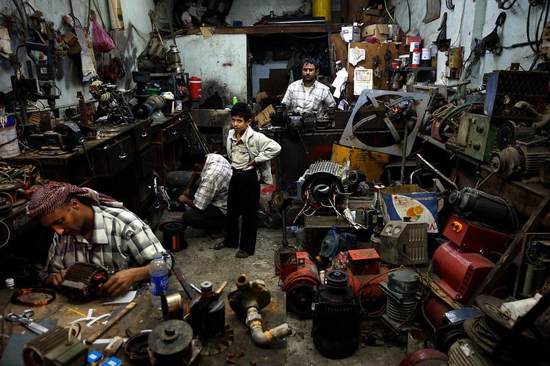 Mechanic in Ta'iz.