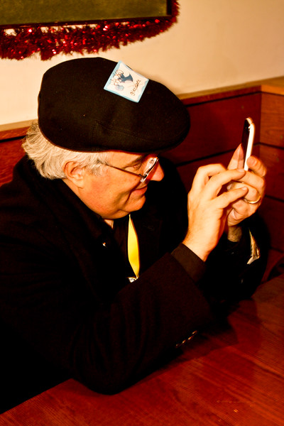 Leo Laporte and the tiny iPhone keyboard
