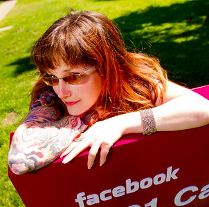@AmyWHiggins Do Androids Dream of Facebook