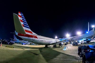 American Airlines Boeing 737-823 N944NN 7-12-18 3