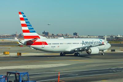 American Airlines Boeing 737 MAX-8 N304RB 11-29-17 14