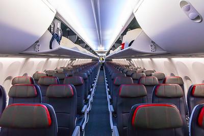 American Airlines Boeing 737 MAX-8 N304RB 11-29-17