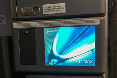 American Airlines Boeing 737 MAX-8 N304RB 11-29-17 16