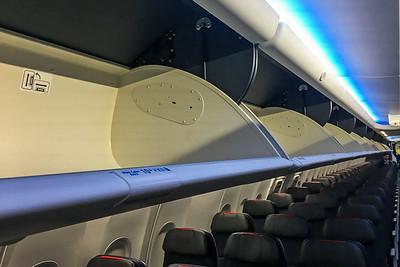 American Airlines Boeing 737 MAX-8 N304RB 11-29-17 15