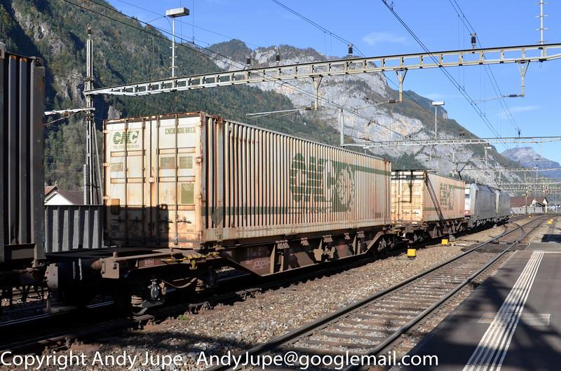 33684558363-0_b_Sgns_40184_Erstfeld_Switzerland_19102012