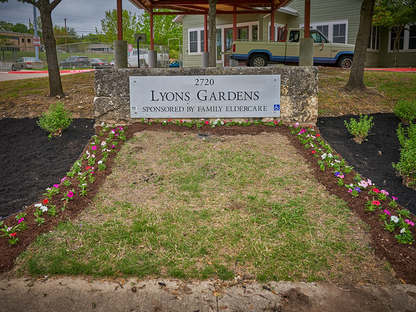 2018 03 LYONS GARDENS VOLUNTEERS