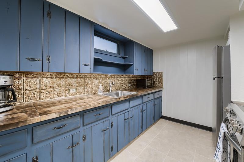 B Kitchen 2
