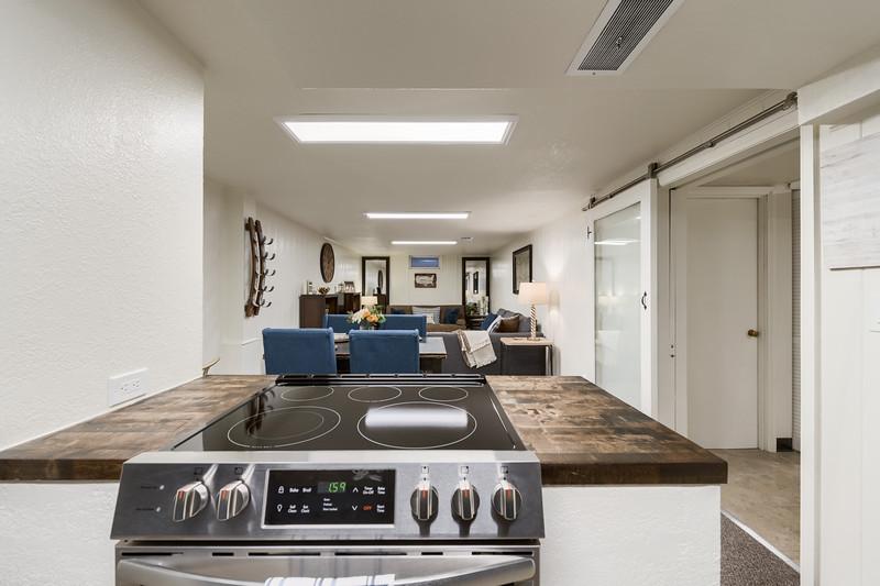 B Kitchen 4
