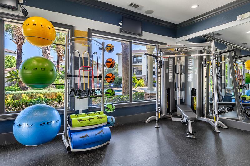 Marquis Lakeline Fitness Center 2