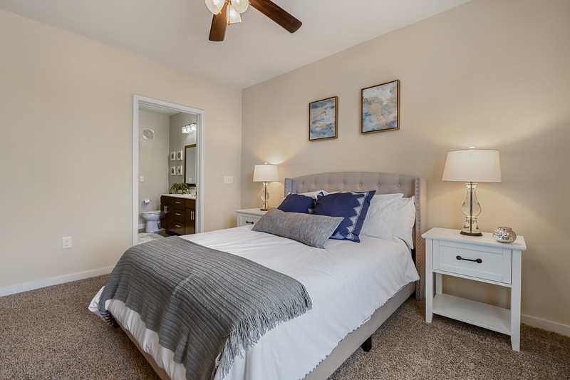 The 704 Model Unit 1 Bed 06