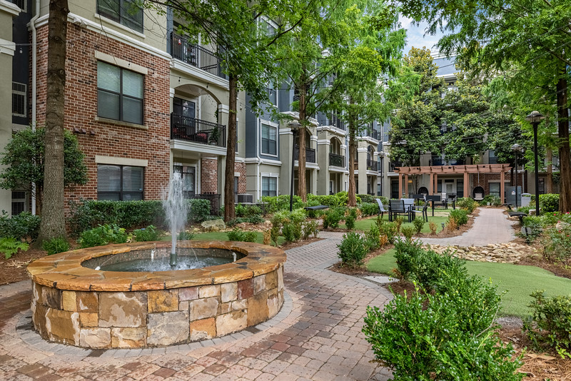 Marquis Midtown District Courtyard One 2