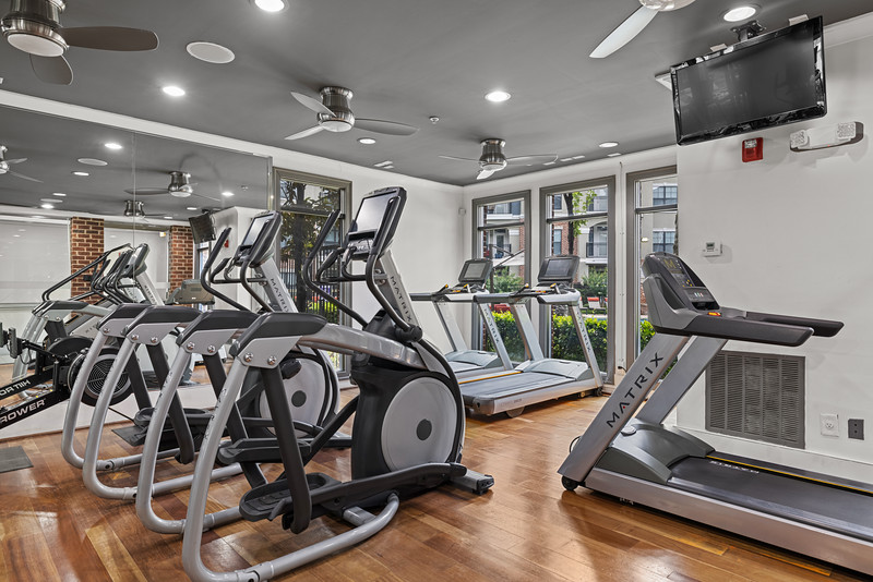 Marquis Midtown District Fitness Center 03