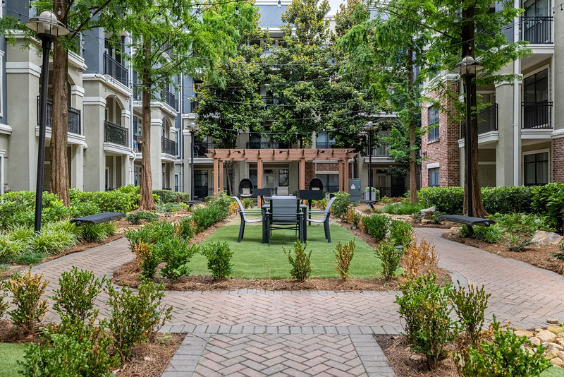 Marquis Midtown District Courtyard One 1