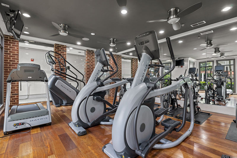 Marquis Midtown District Fitness Center 04