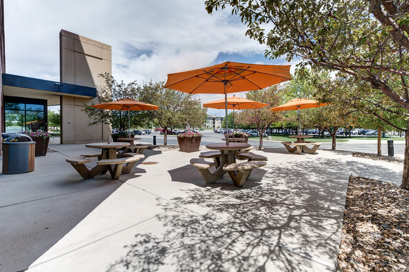 11800 Ridge Pkwy Outdoor Seating 2