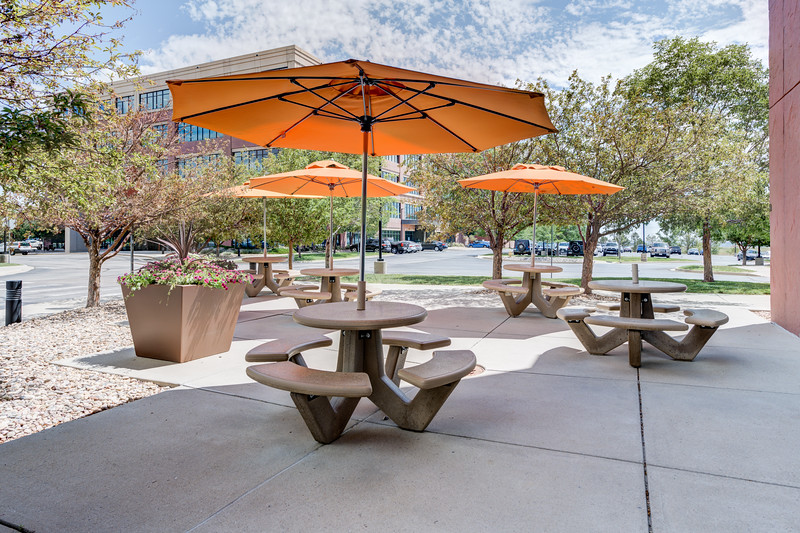 11800 Ridge Pkwy Outdoor Seating 1