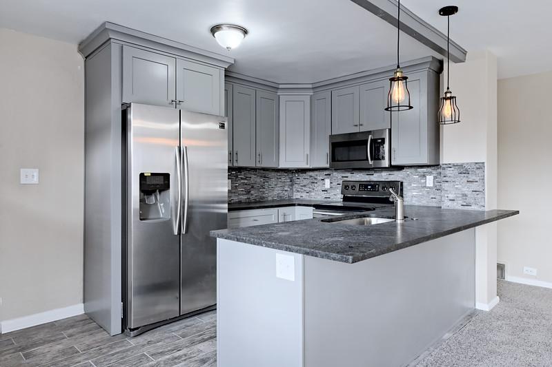 2201 Kitchen 3