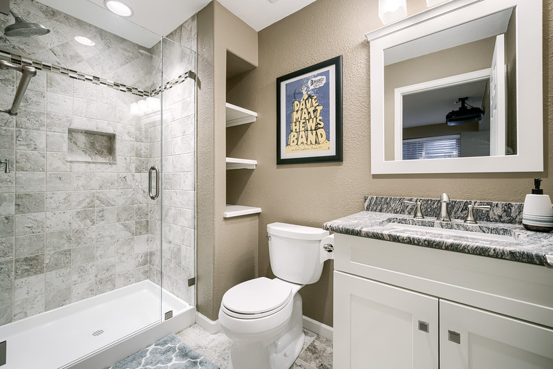 Full Bathroom Four