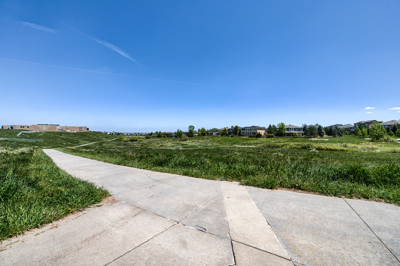 Red-Tail Park Bike Path