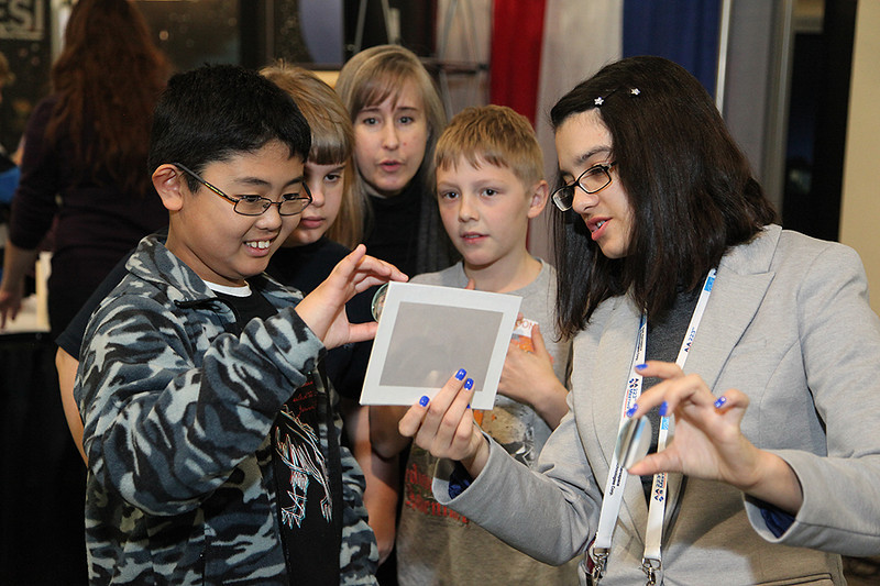 On Tuesday some 150 local middle- and high-school students dropped by to hear a special presentation from NASA official Paul Hertz and to tour the exhibit hall and participate in hands-on science-education activities. AAS photo © 2014 Joson Images.