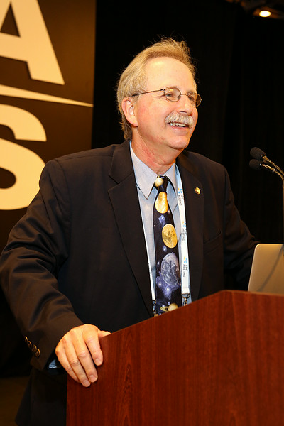 Paul Hertz (NASA Headquarters), director of the space agency's Astrophysics Division, presided over the NASA Town Hall at lunchtime on Monday. AAS photo © 2014 Joson Images.