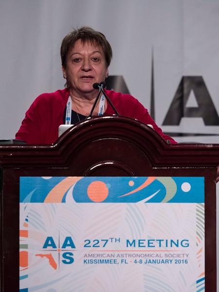 - Chryssa Kouveliotou introduces speakers