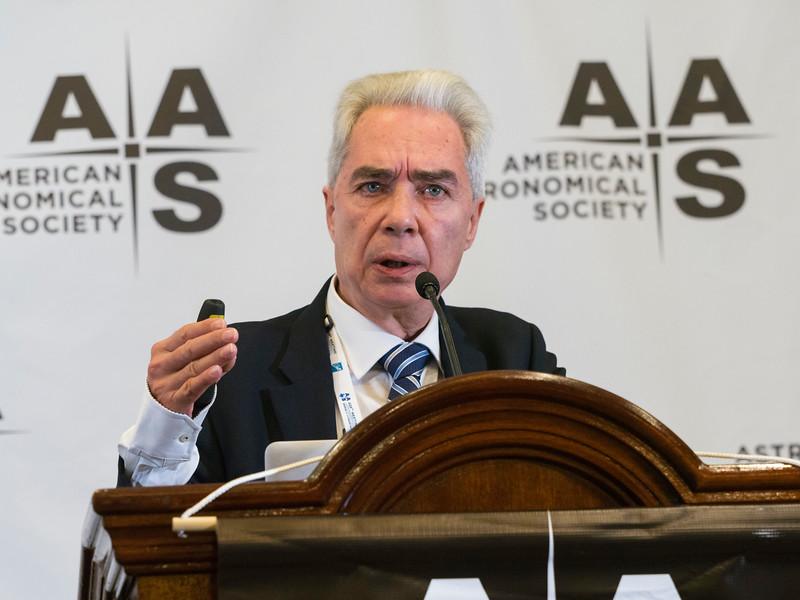 Ian Steer (NASA/IPAC Extragalactic Database) during Press Conference: Galaxies and Black Holes Therein